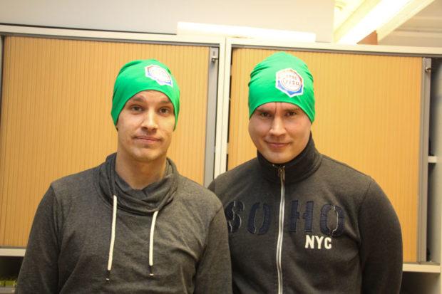 Jere Nirkko ja Jukka Järvinen pelaavat ParVin futsal-joukkueessa. Heidän, kuten useimpien joukkueen pelaajien talvikausi on tasapainoilua futsalin ja jalkapallon välillä.